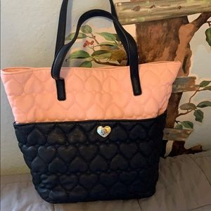 Betsey Johnson Bags - BETSEY JOHNSON TOTE